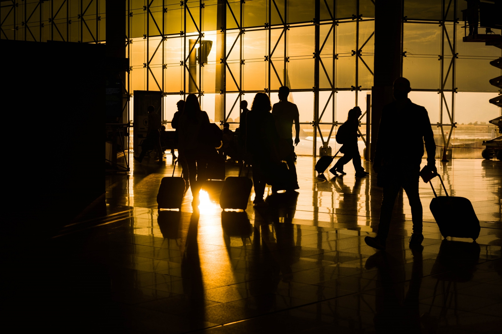 Passengers in the early morning at the Barcelona El Prat Airport. Barcelona, October 19, 2018.