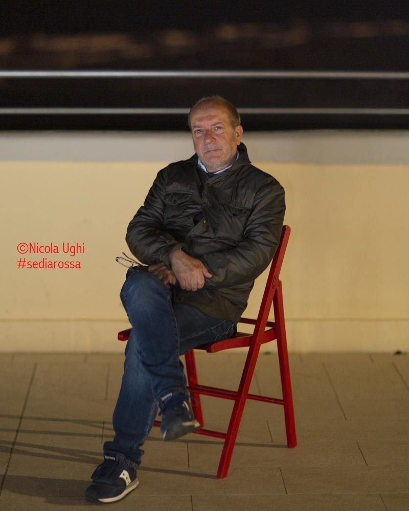 Il comico Dario Vergassola, sulla terrazza dei Pancaldi Acquaviva a Livorno.