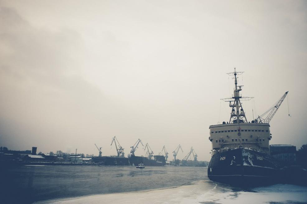 Art and Documentary Photography - Loading siberia (5 of 44).jpg