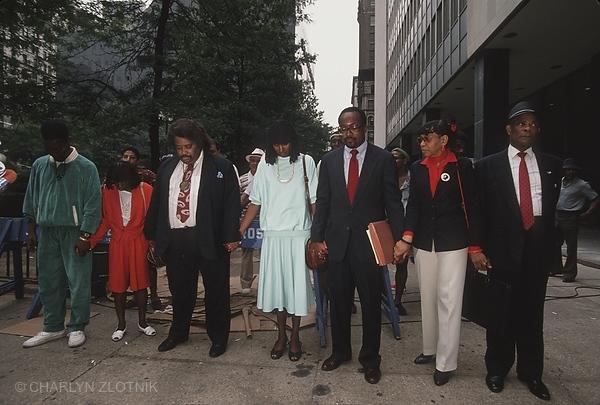 L-R: Bobby McCray, Linda McCray, Al Sharpton, Sharonne Salaam, Vernon Mason, family supporters