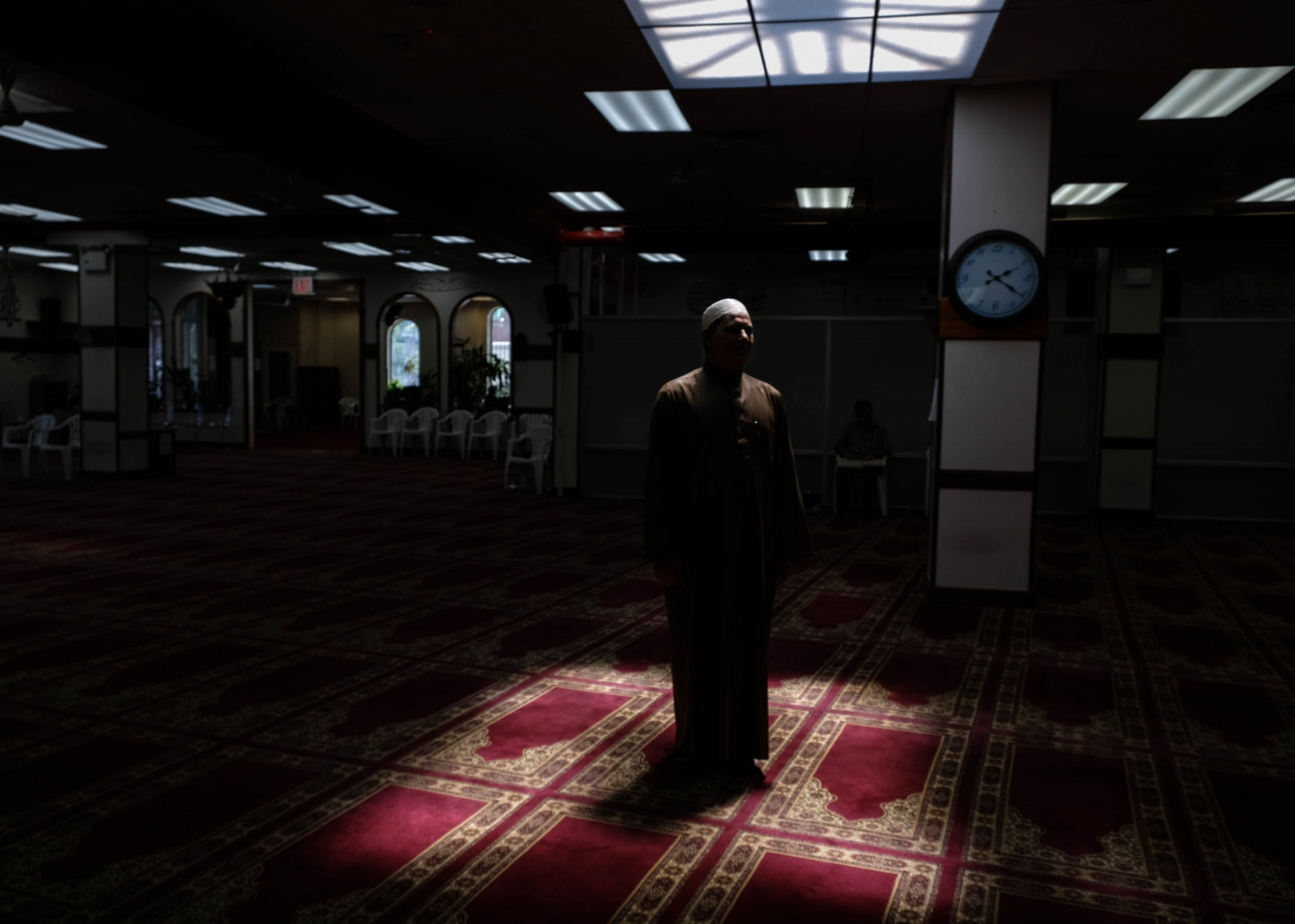 """Reyad Ghali, 48, the imam of Beit El-Maqdis Islamic Center of Bay Ridge, says that Muslim students """"should be encouraged by Allah's reward for remaining steadfast in practice despite hardships that may arise while fasting.  Shot for """" For Muslim Students, an Early Ramadan Means Fasting During Exams.""""  Gabriella N. Báez/NYT Institute"""