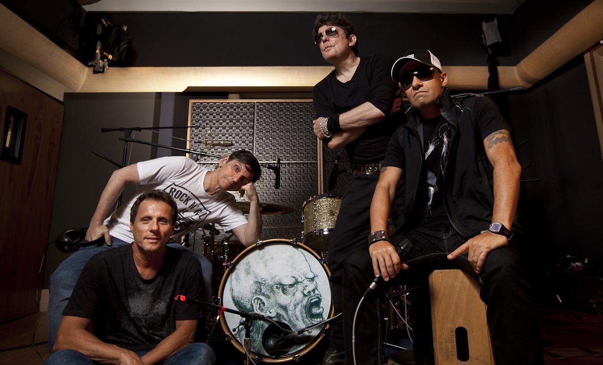Titãs para Ilustrada, Folha de São Paulo / Titãs, brazilian rock band for Ilustrada, Folha de Sao Paulo