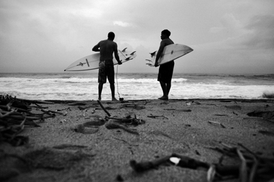 while we surf: el subi