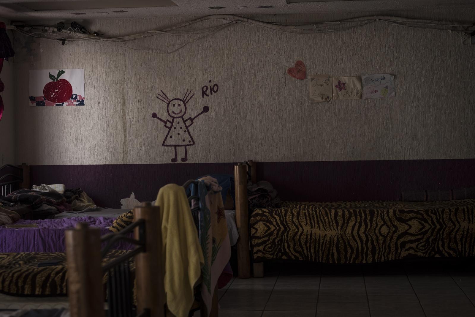 Art and Documentary Photography - Loading Reynosa-14.jpg