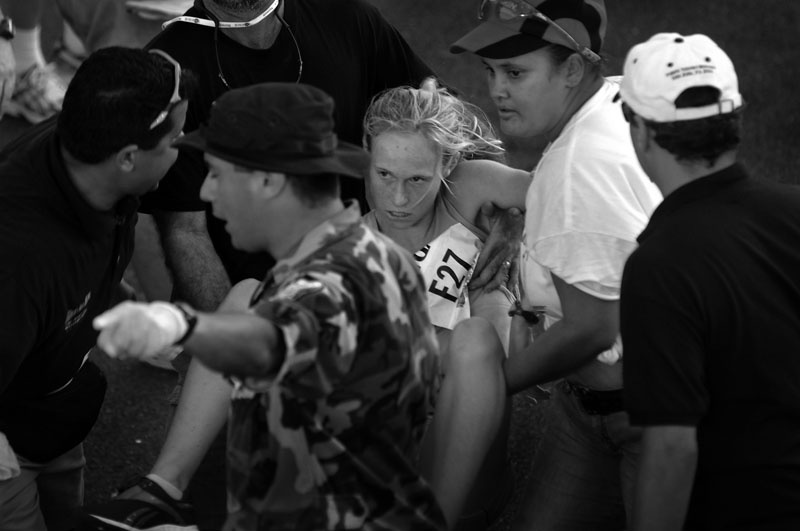 Art and Documentary Photography - Loading 46womanrunnerdown.jpg