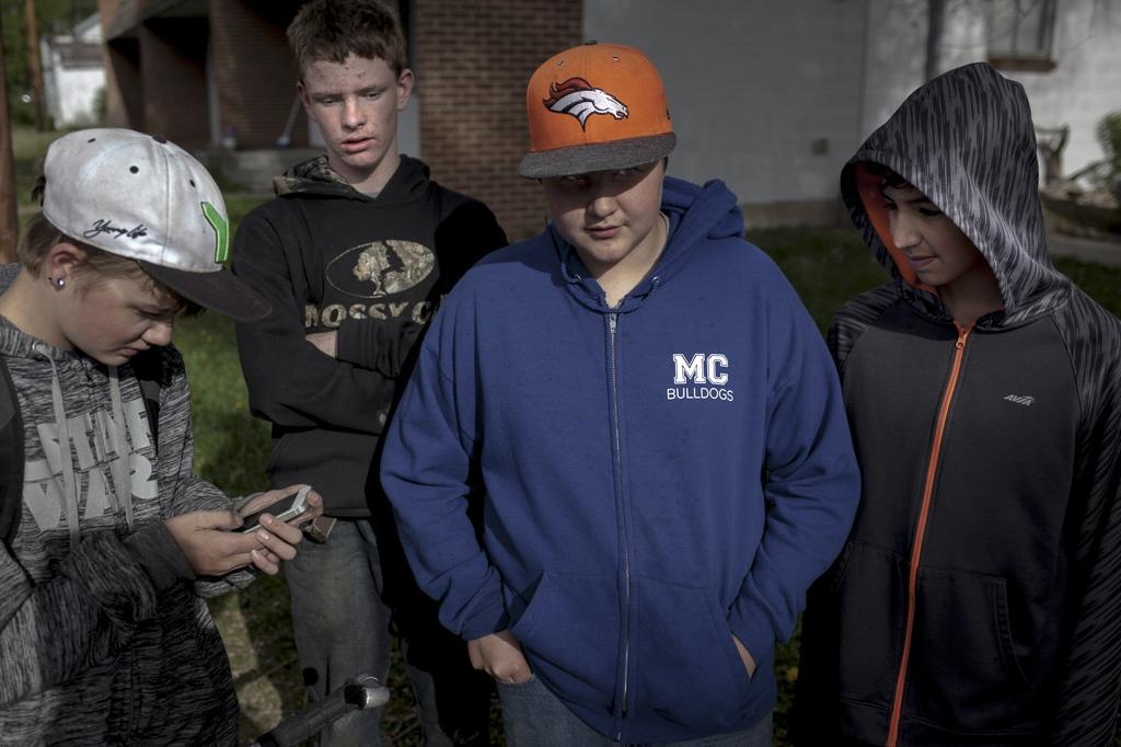 A small gang from the suburbs of Craig. Craig, Colorado.
