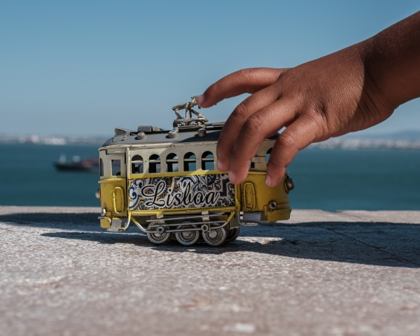 Lisbon: Hues & Textures