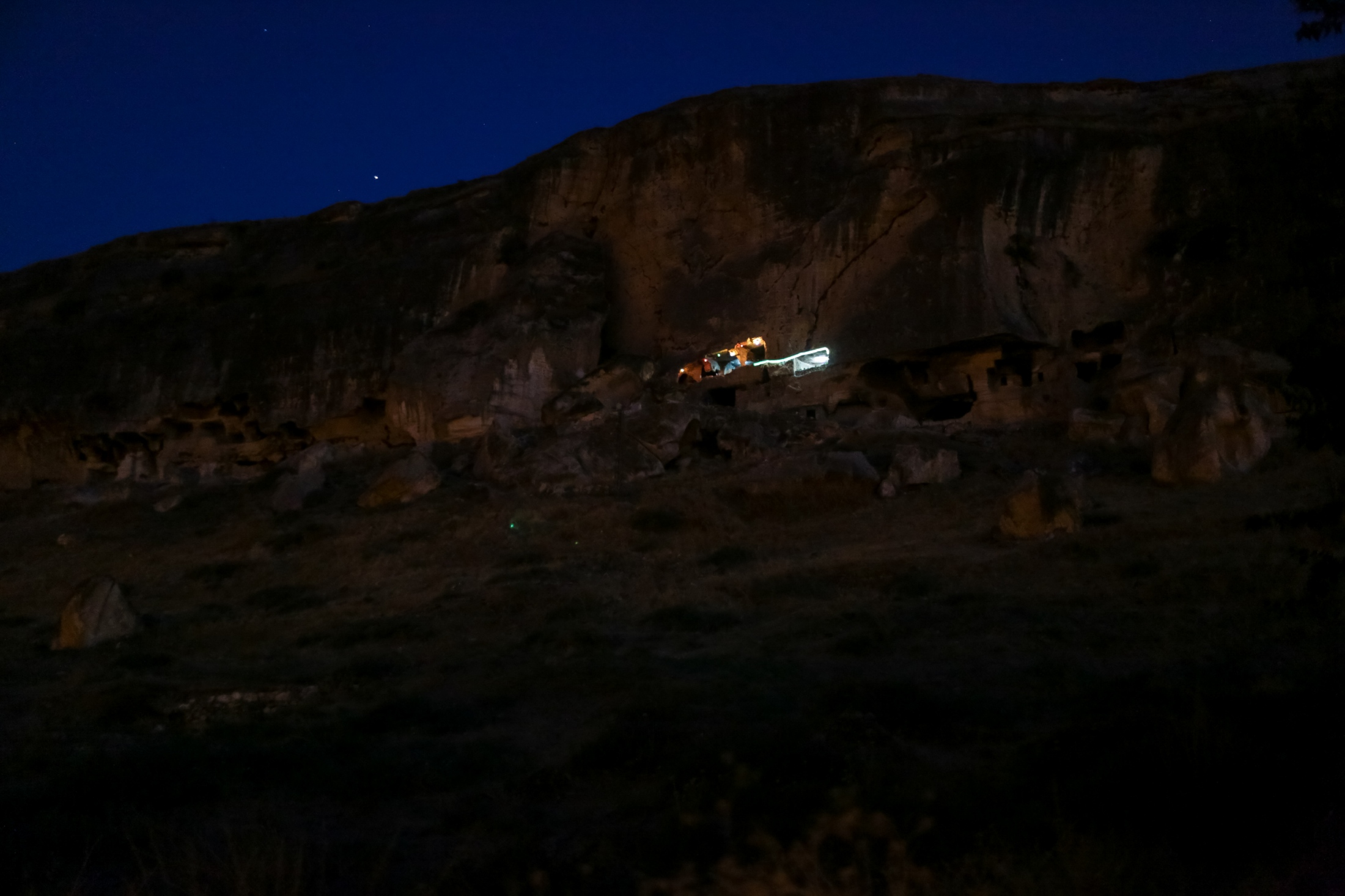 Before moving into Hasankeyf, the residents lived in caves carved into the surrounding mountains. Some 100 years ago, the residents moved into homes in Hasankeyf. A very few residents still live in these caves.