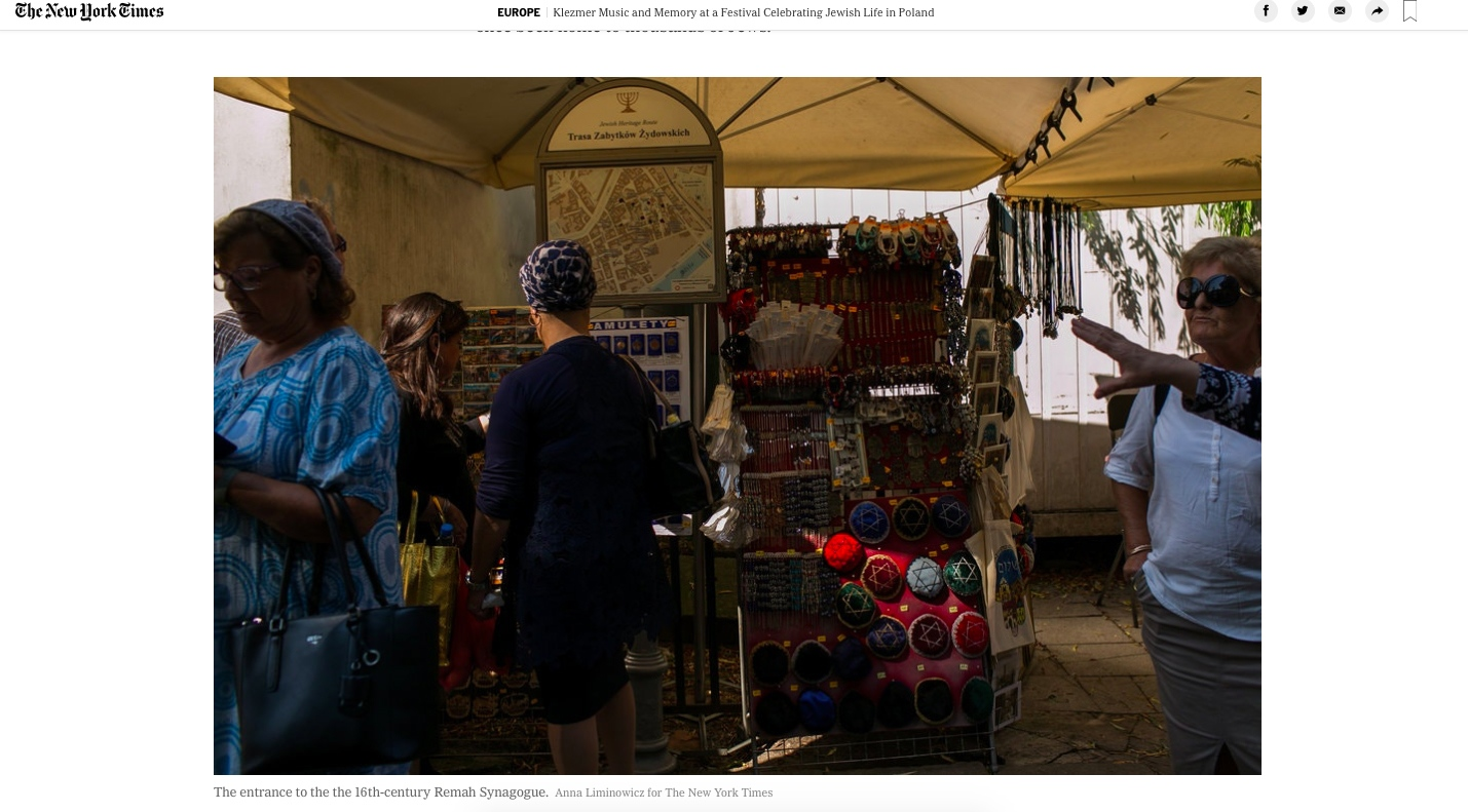 Art and Documentary Photography - Loading anna_liminowicz_for_The_New_York_Times_7.jpg