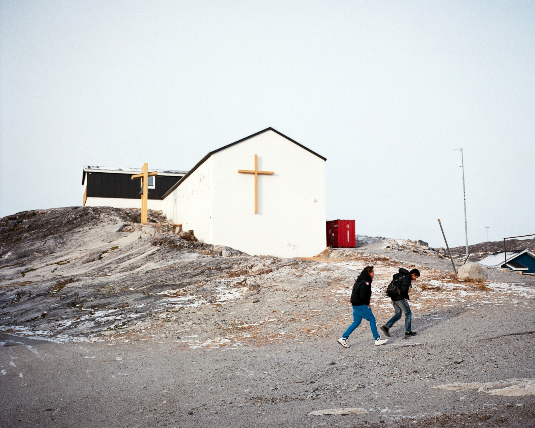 Greenlanders were Christianized around the year 1.000. Most of them are Lutherans. But among the population, remains a lot of traditional Inuit beliefs. it is often said that Christianism and colonialism started to bring social and moral issues on the island. Here is the Krist Konge Kirke, the sole catholic church of Greenland, located in Nuuk.