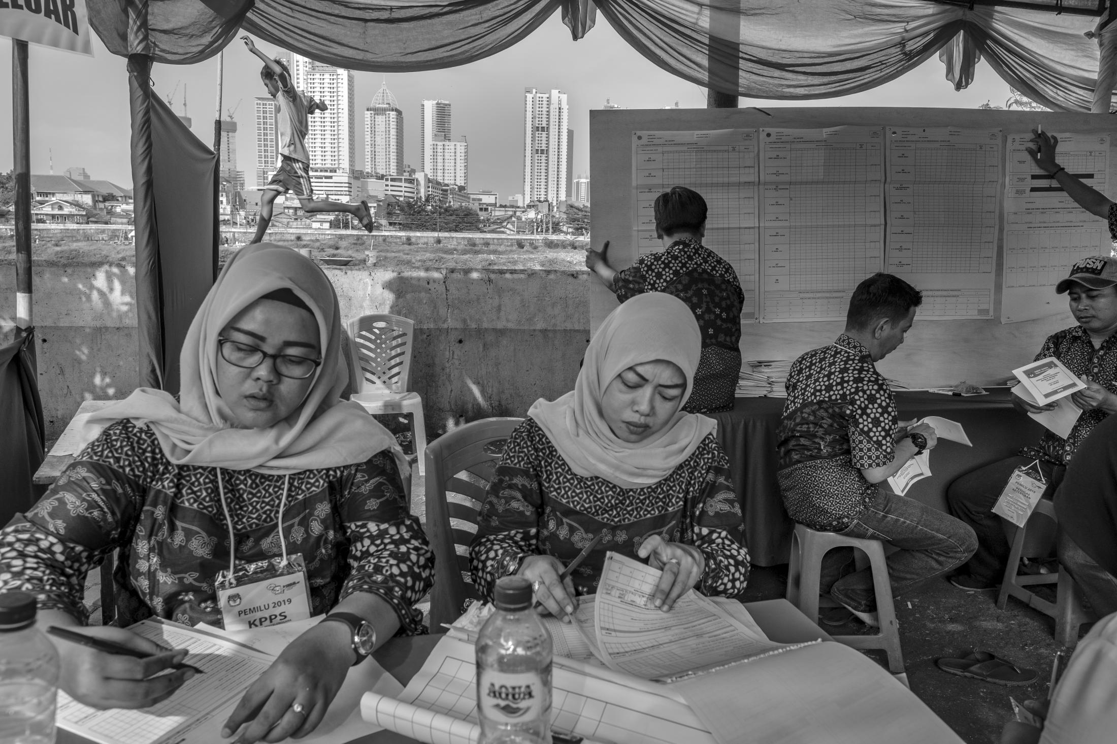 Official quick count, each vote are been read and recorded manually, in a working-class and religiously conservative stronghold of Prabowo Subianto, Indonesian presidential candidate, in Jakarta, Indonesia April 17, 2019. Besides the Presidential election, more than 192 million people voted in Presidential, national and regional legislative elections, choosing from over 245,000 candidates at more than 800,000 polling stations. At 268 million people, Indonesia has the world's fourth-largest population after China, India, and the United States. It is the largest Muslim-majority nation in the world and one of the very few of these that successfully established a democratic political system. Indonesia also leads the 10-nation Association of Southeast Asian Nations (ASEAN) community.