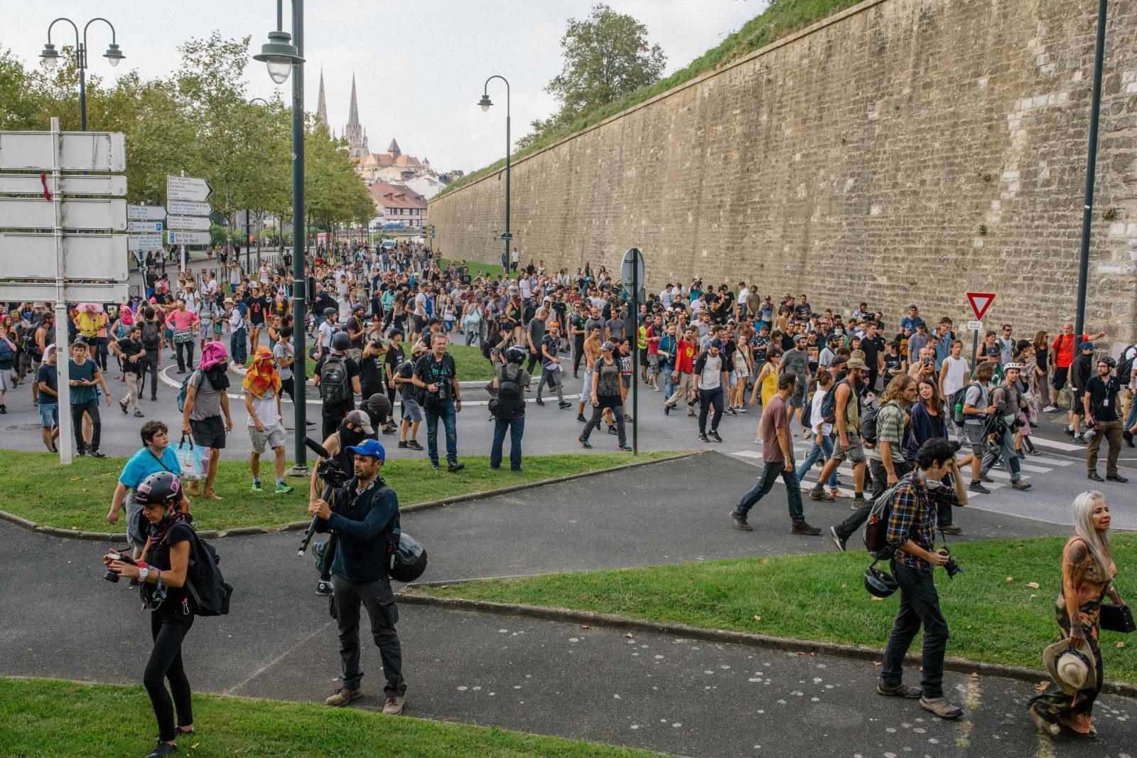 2019-08-24 - Spontaneous demonstration in Bayonne.