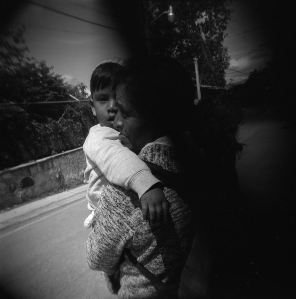 Photography image - Loading 01-105V-051-002.jpg