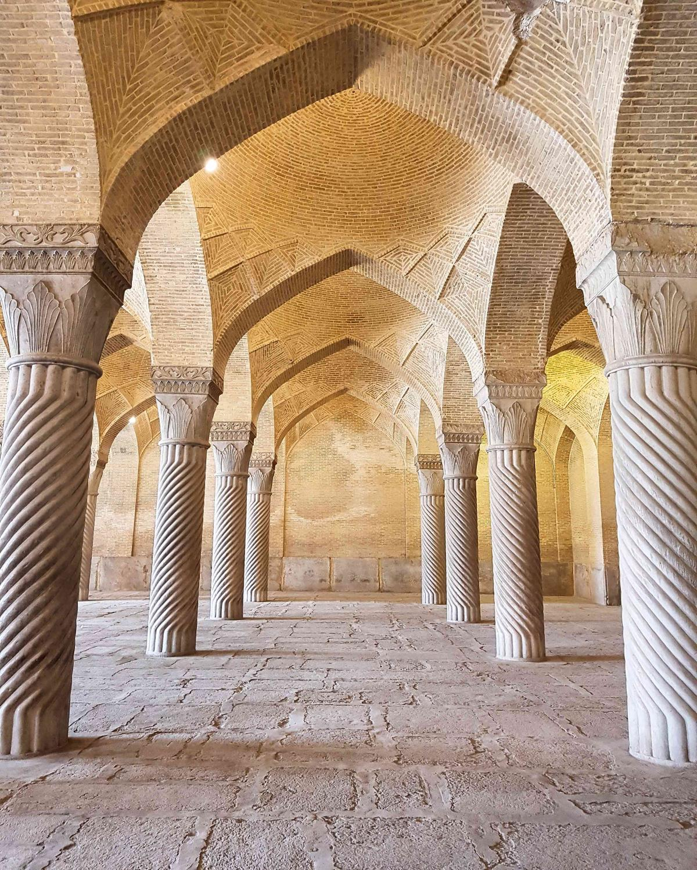 #columns #vakil #mosque #shiraz