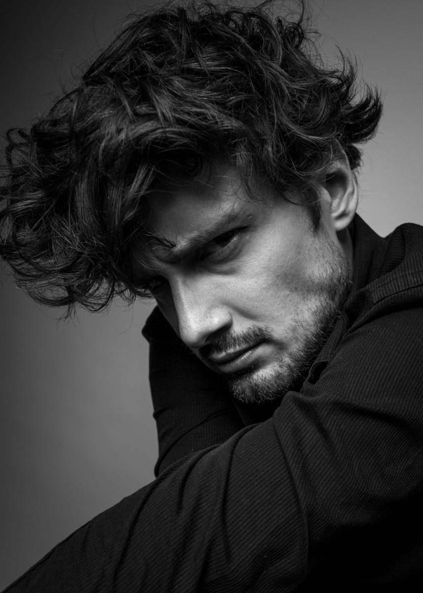 Filip Kosior / actor