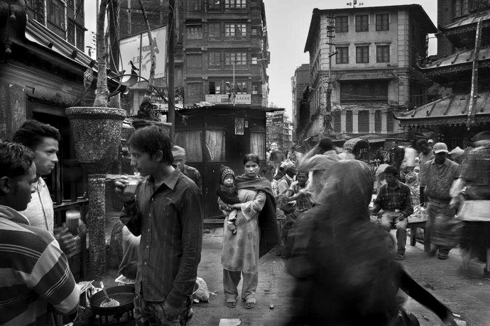 Art and Documentary Photography - Loading Larry_LOUIE_Underbelly-of-Kathmandu_Kathmandu_2010_02.jpg