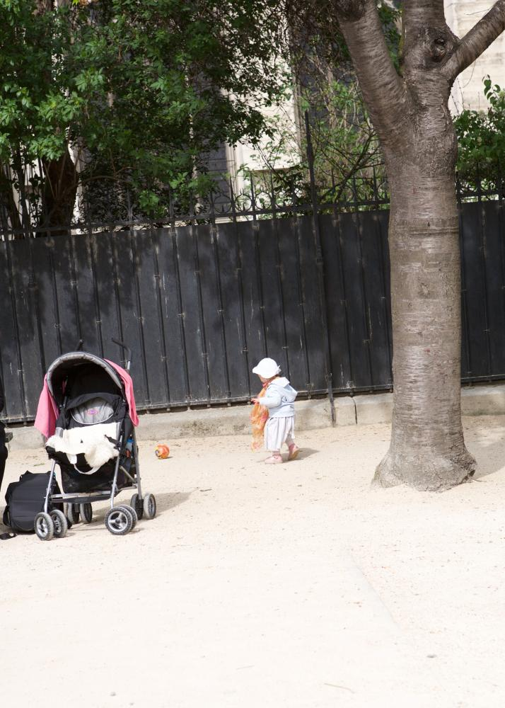 Photography image - Loading toddler_Paris.jpg