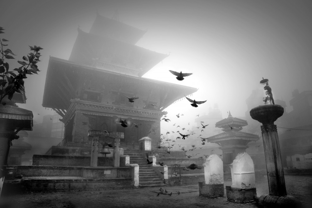 Art and Documentary Photography - Loading Larry_LOUIE_Underbelly-of-Kathmandu_Kathmandu_2010_30.jpg