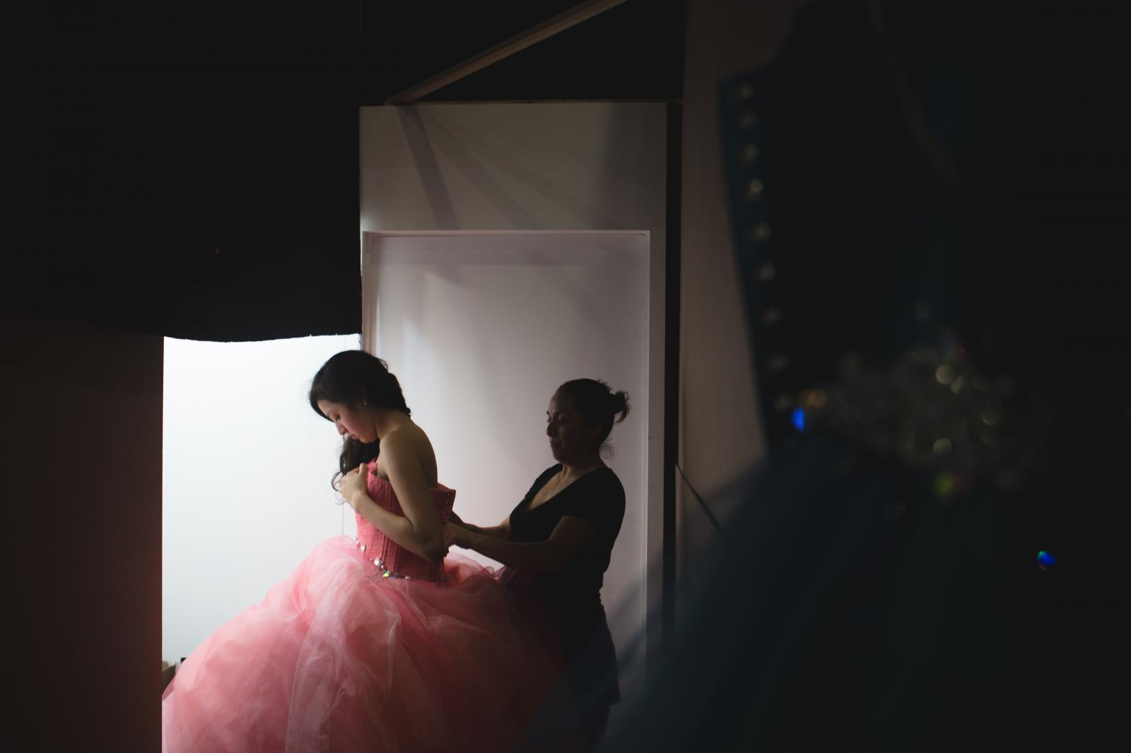 Photography image - Loading 01282018-GlobeMail-Quinceaneras-010.JPG