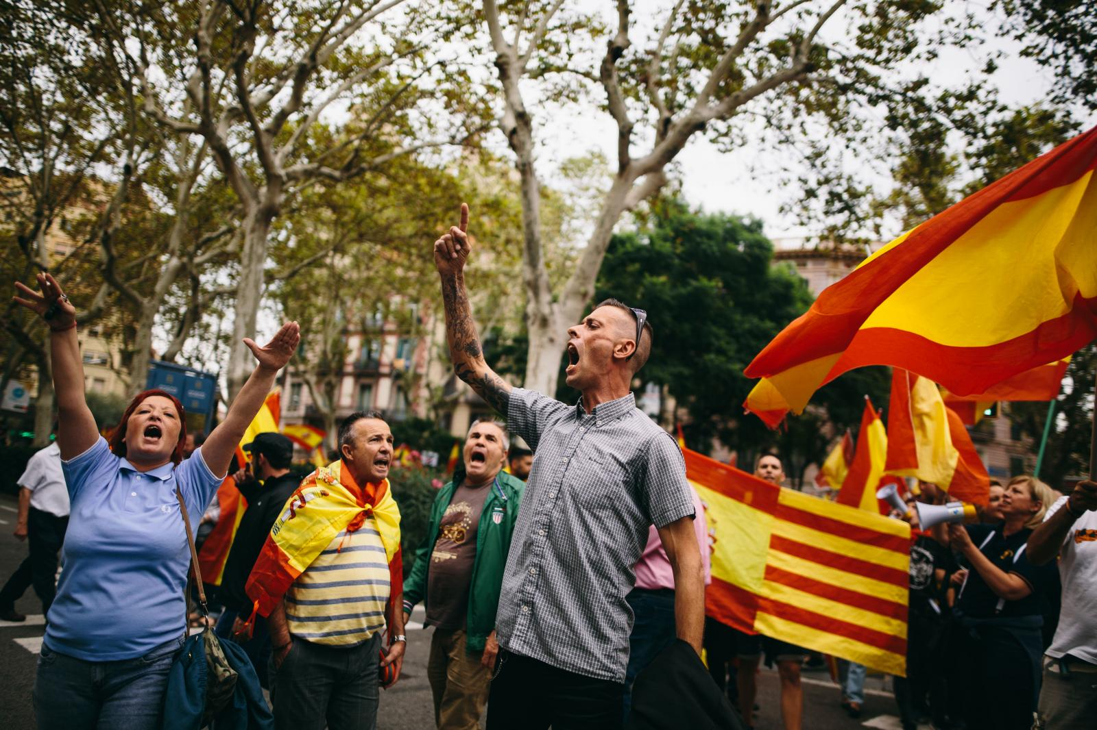 Far-right protesters chant slogans ahead of a Spanish unionist and nationalist demonstration in Barcelona. September 30th, 2017