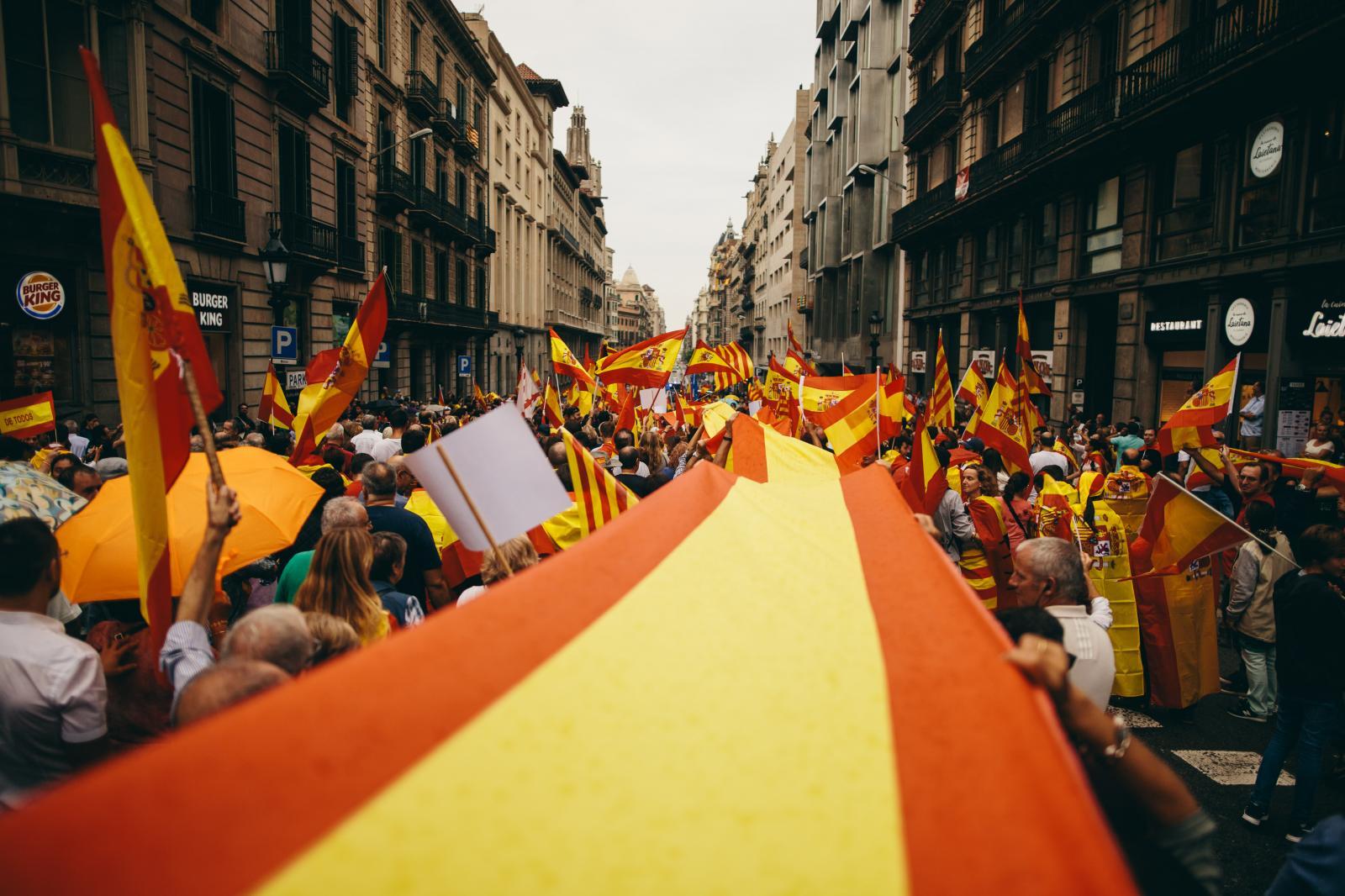 Spanish unionist & nationalist demonstration in Barcelona. September 30th, 2017