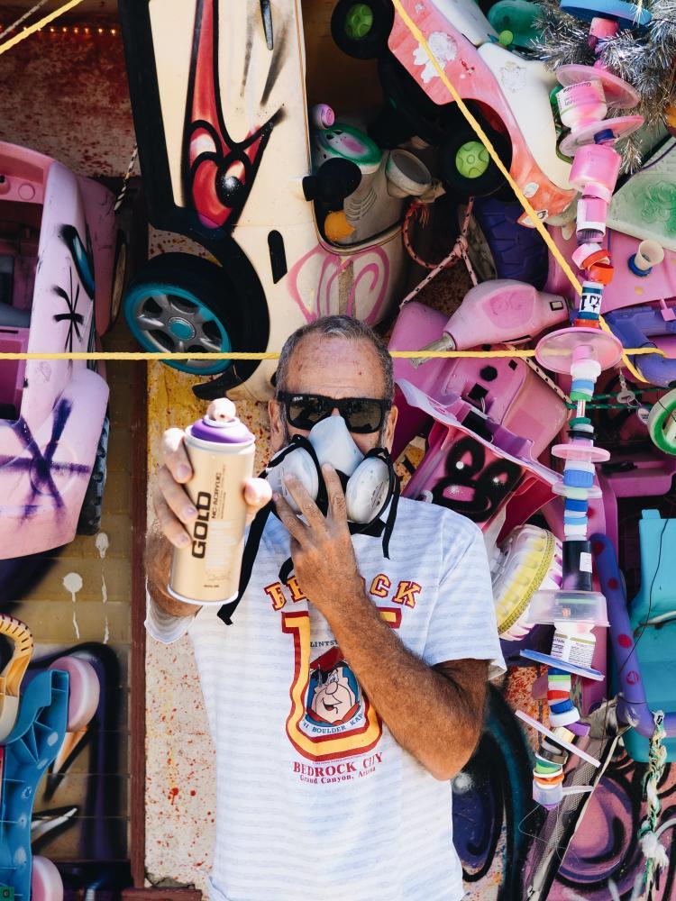 Photography image - Loading 2.-Artist-Kenny-Scharf.jpg