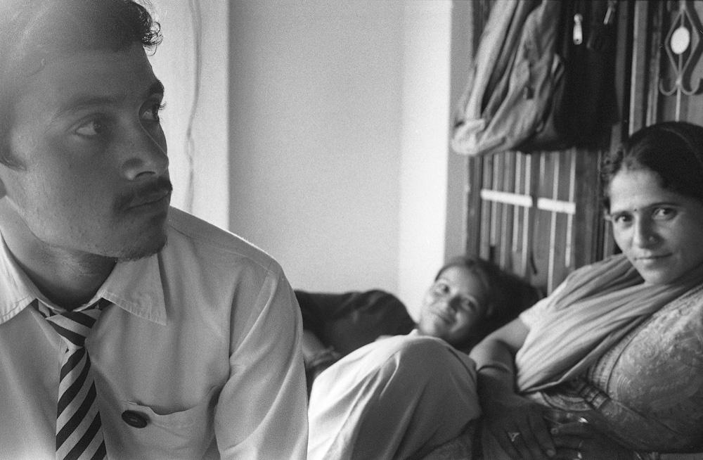 Art and Documentary Photography - Loading Anjali-Kumari-16.jpg
