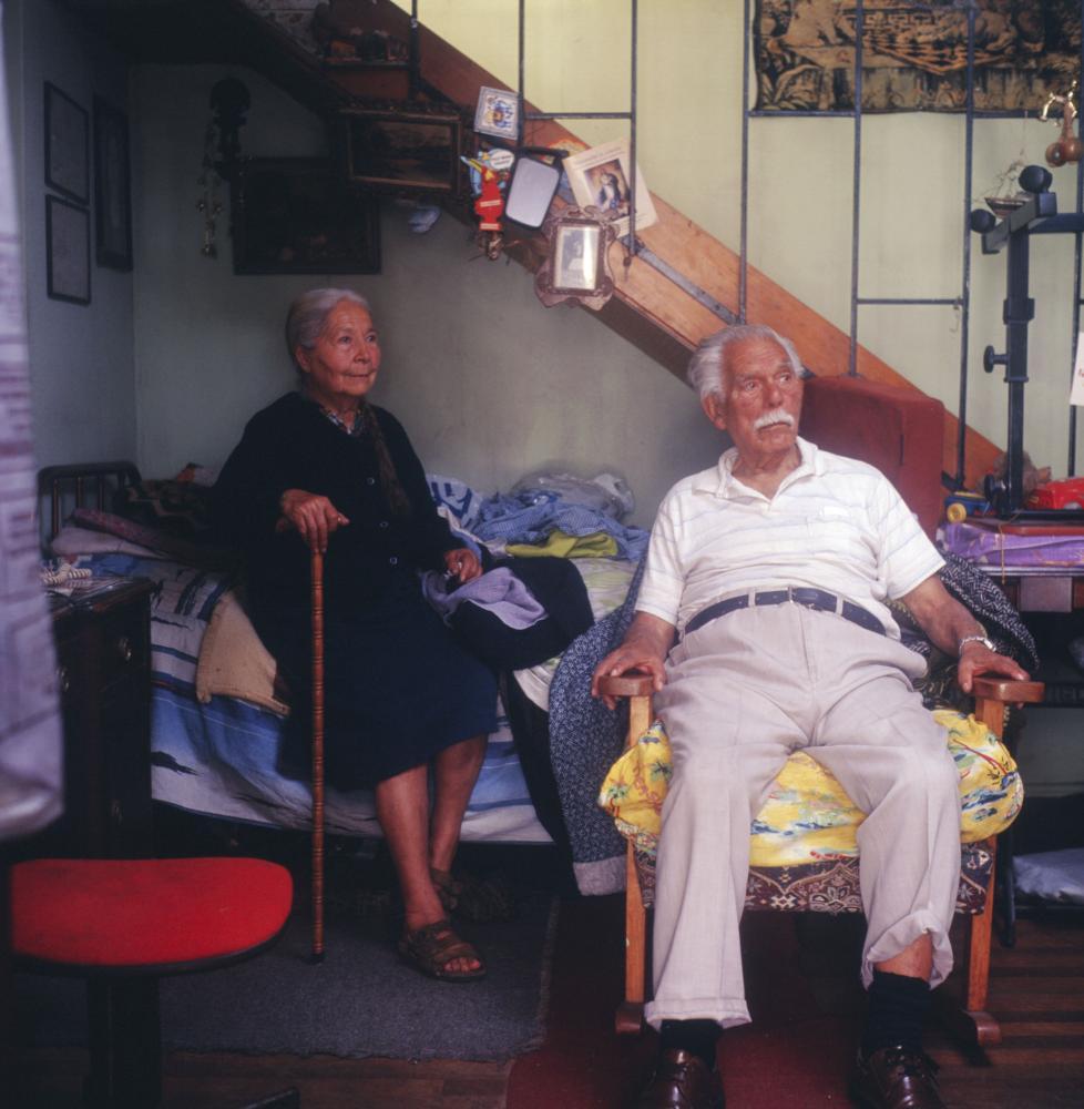 Rosa y Juan . Yungay, Santiago. 2011.