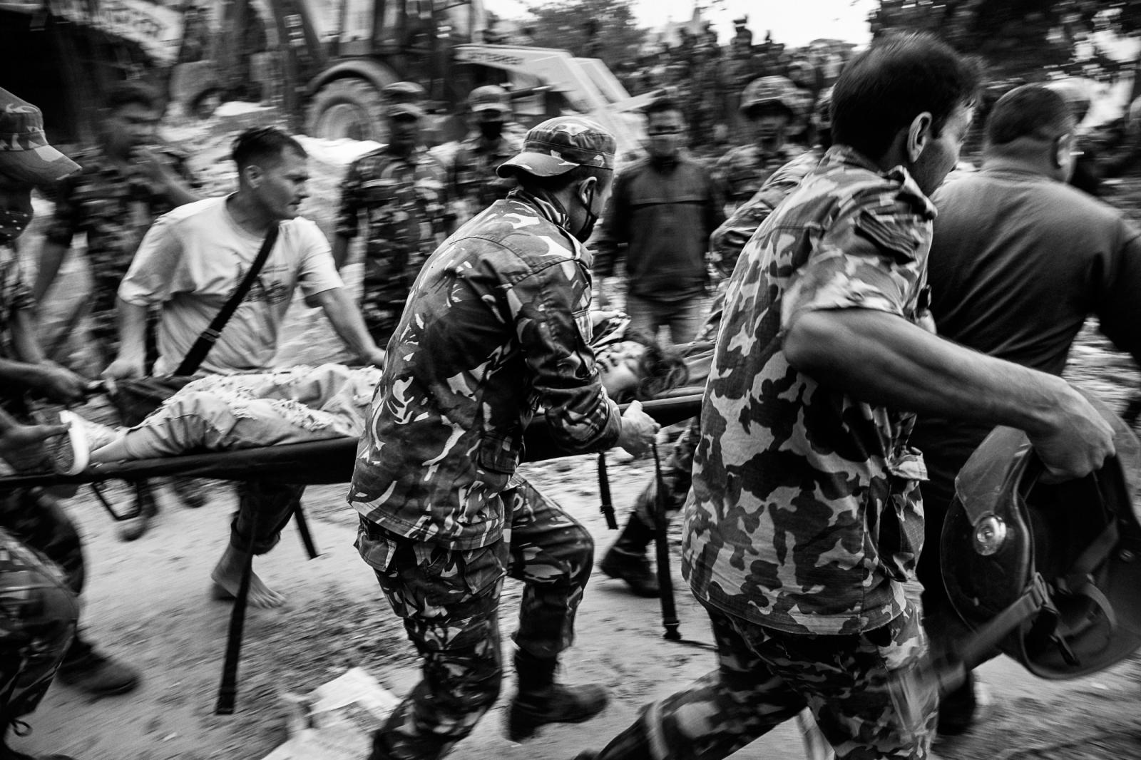 Photography image - Loading 002_Earthquake-endurance-Nepal-Omar-Havana.jpg