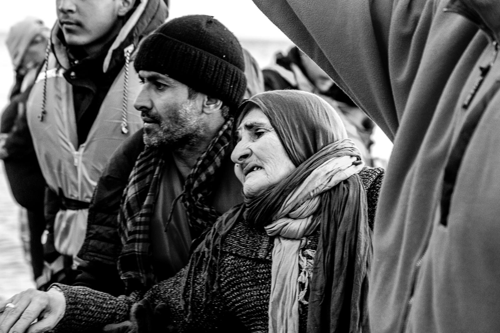 Photography image - Loading 003_Refugee-Crisis-Greece-Omar-Havana.jpg