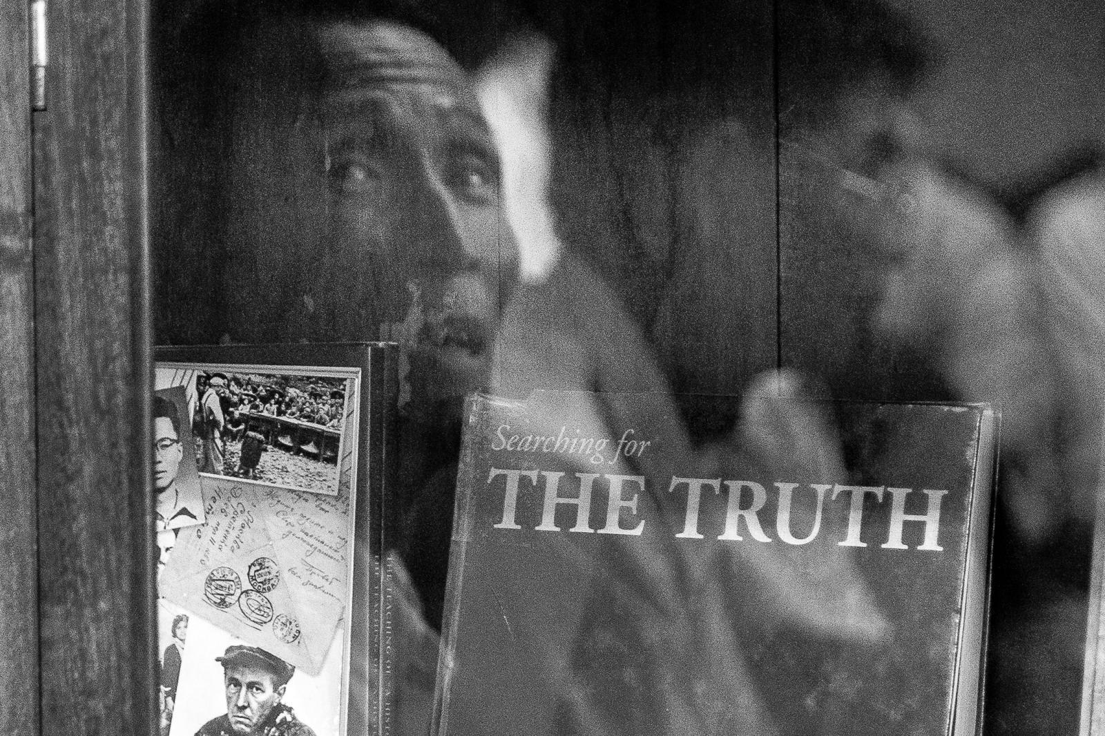 Photography image - Loading 001_Khmer-Rouge-Tribunal-Cambodia-Omar-Havana.jpg