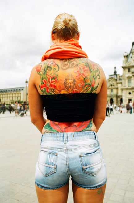 Art and Documentary Photography - Loading Louvre.jpg
