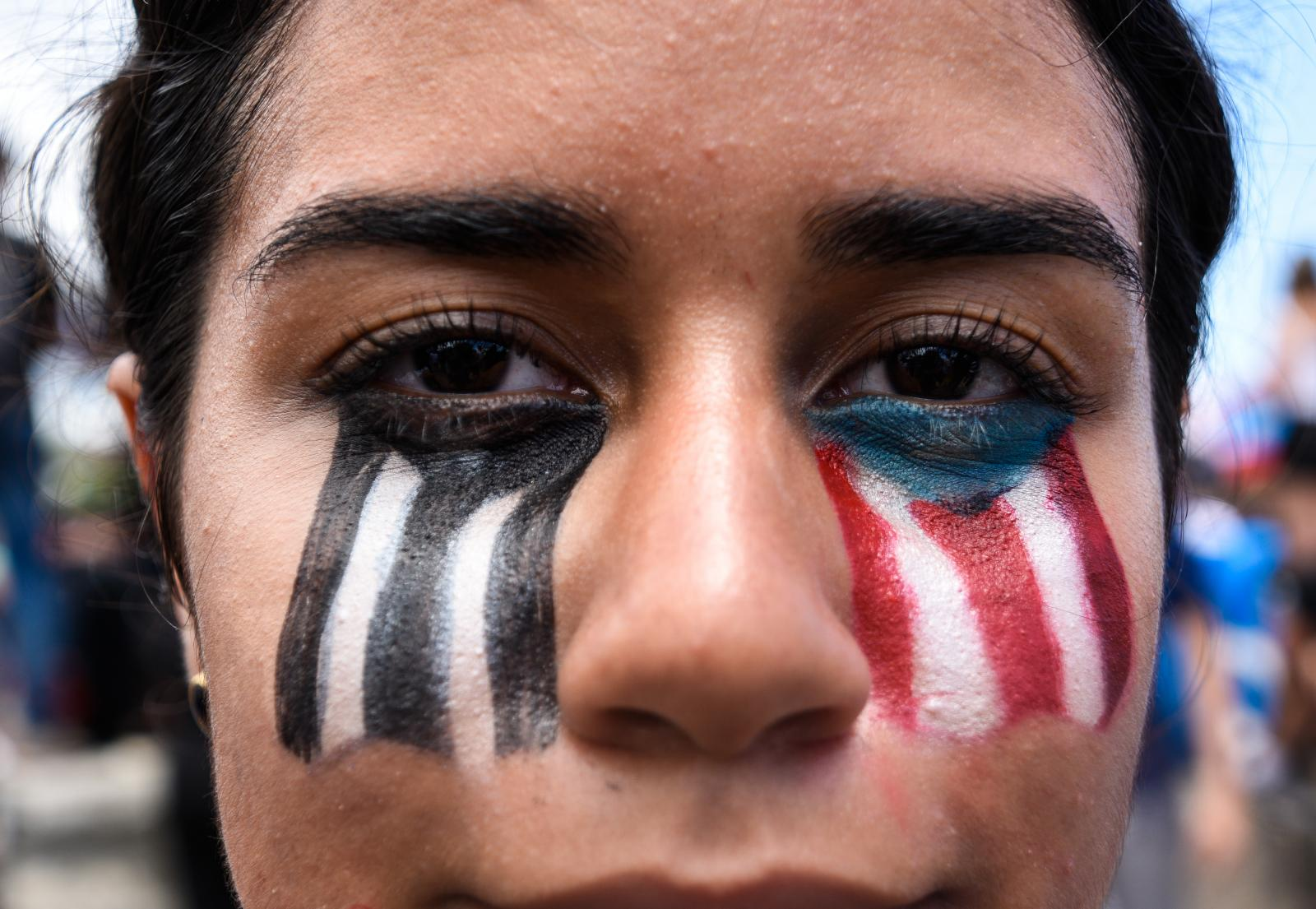 Demonstrators use makeup as a means of resistance during the summer 2019 protests.