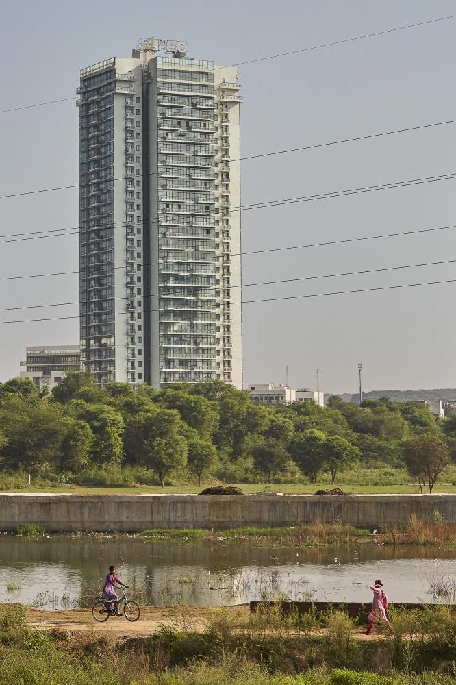 Photography image - Loading Urban_village-1.jpg