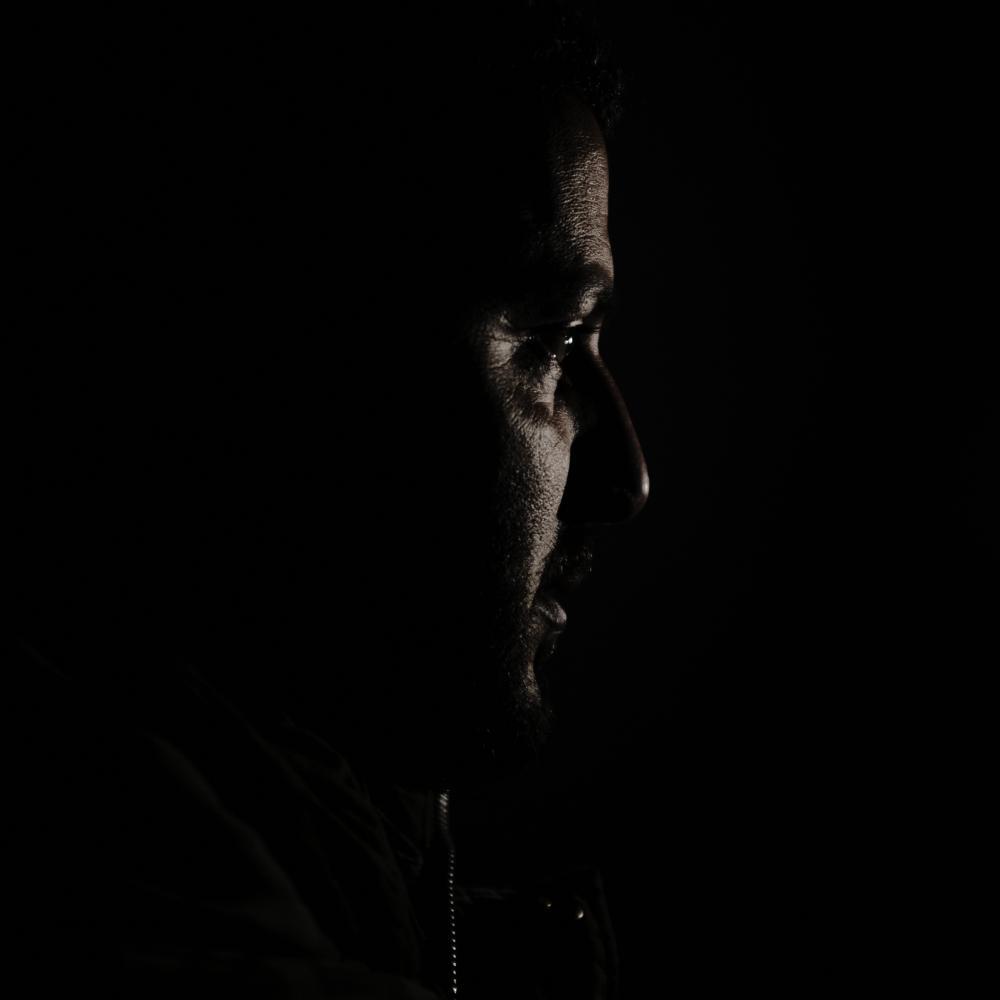 Photography image - Loading SheddingLight01.JPG