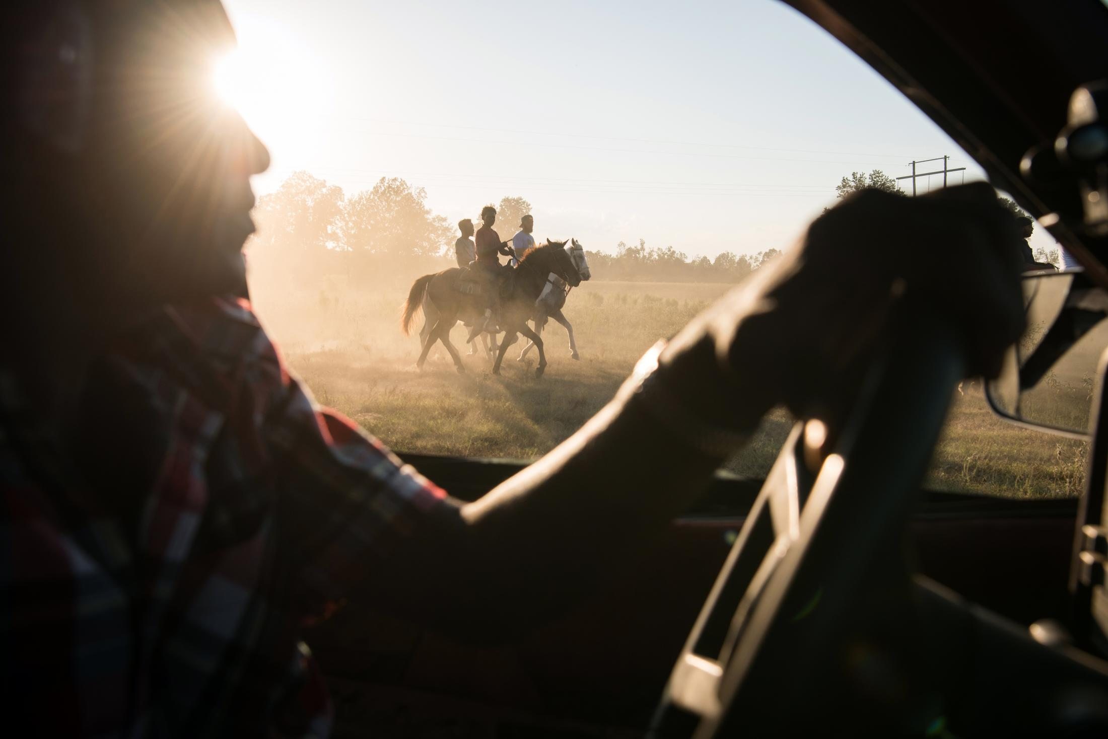 Art and Documentary Photography - Loading Delta_Hill_Riders_01.jpg