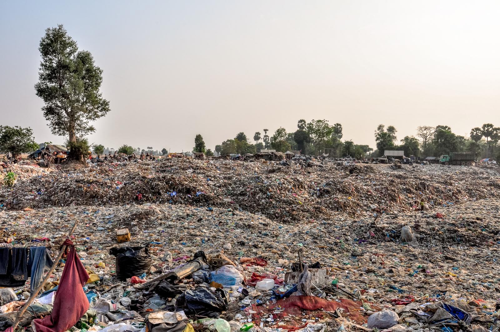 Photography image - Loading 001_Rubbish_Cambodia.jpg