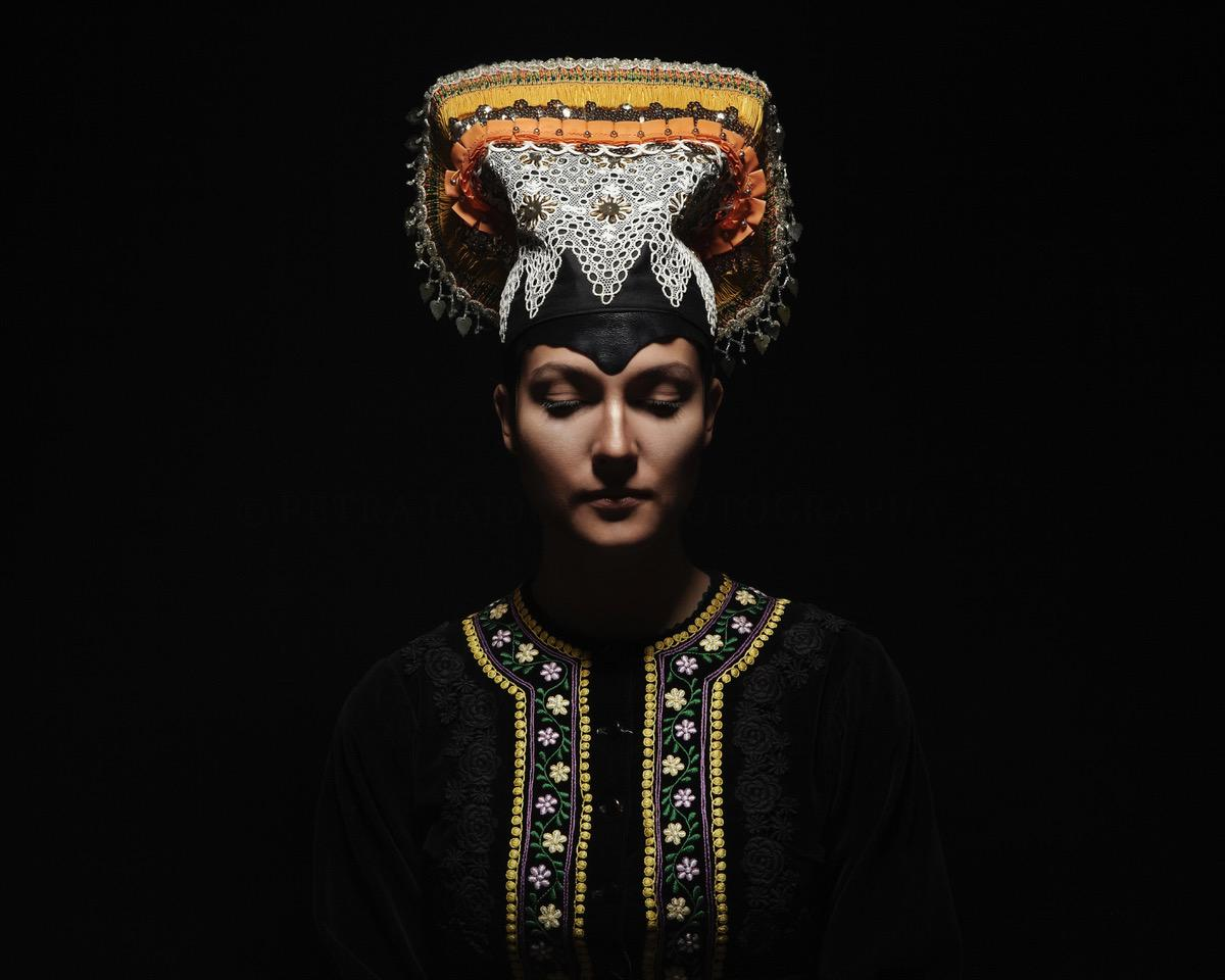 Art and Documentary Photography - Loading 02Tekov_headpiece_marriedwoman_copyright_petralajdova.jpeg