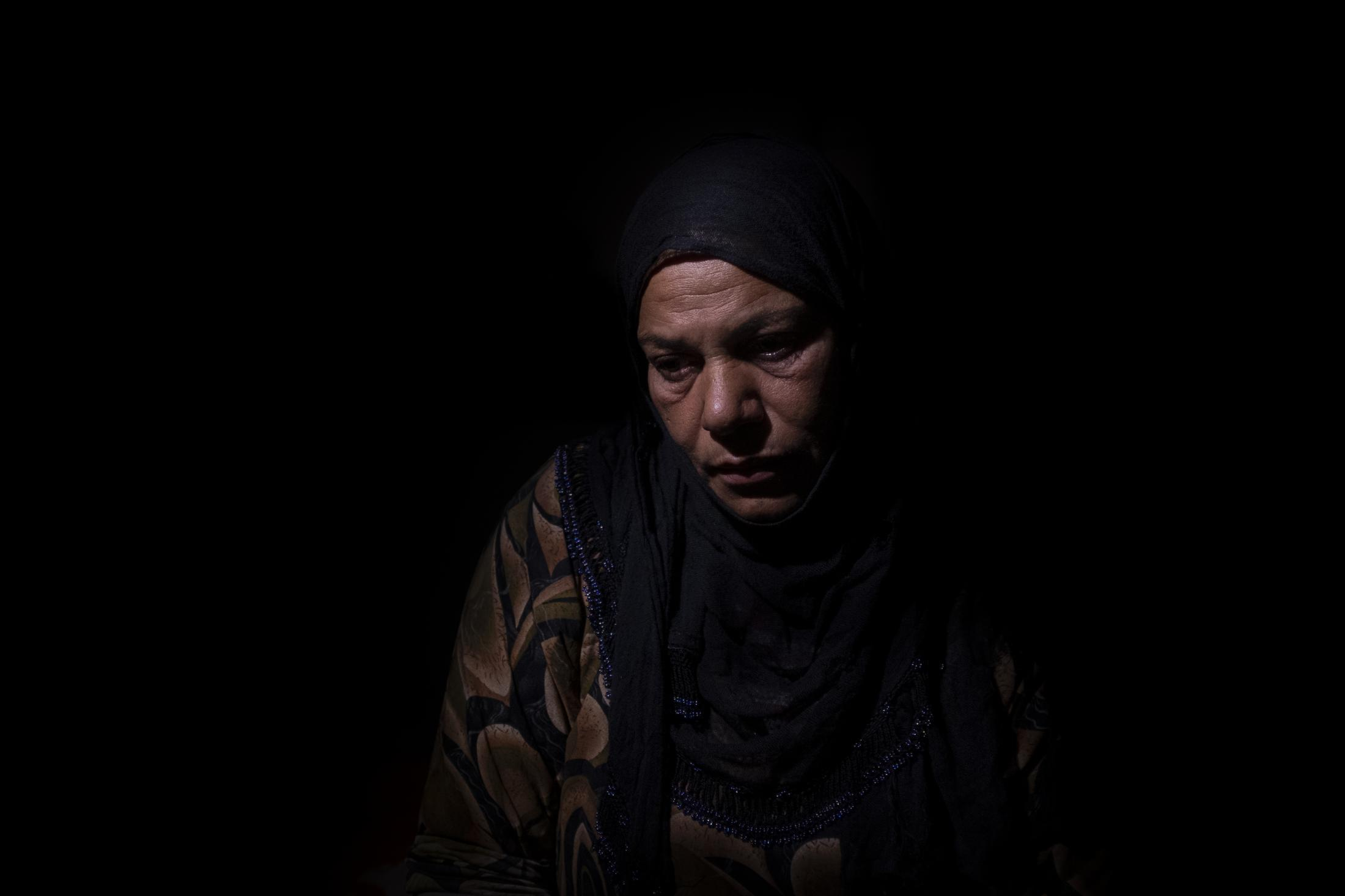 Zekia Halaf, 36, left her village in Serekaniye area in October 9, just when Turkey launched its offensive over the area. She´s lost four brothers in the Syrian war, two fighting within the Syrian Army ranks against Jabhat al Nusra and the other two fighting alongside the Syrian Democratic Forces. The last one was killed in a drone attack last October. Zekia is one among approximately 200 IDPs. After the withdrawal of US troops from northern Syria in October 2019, Turkey launched an offensive against the predominantly Kurdish areas in the northeast of the country along Islamist forces. Calls for war crimes investigations into the conduct of Ankara-backed militias are mounting ever since. (Andoni Lubaki / Euskal Fondoa)