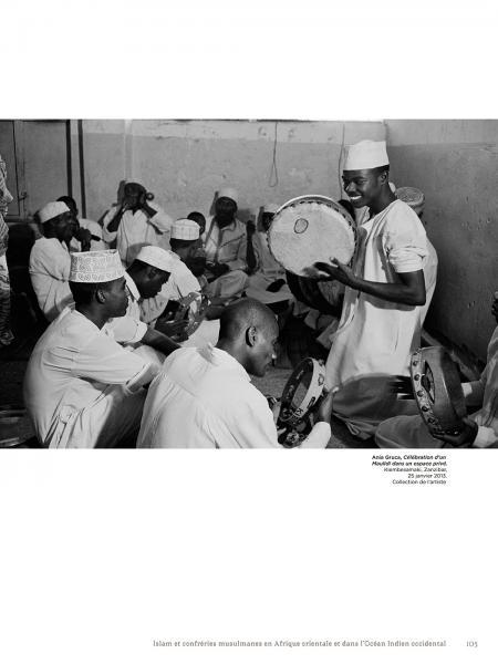 Exhibition Catalogue, Trésors de l'Islam en Afrique, de Tombouctou à Zanzibar. Institut du Monde Arabe, Académie du Royaume du Maroc.