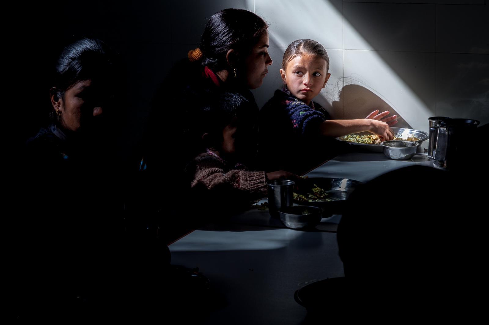 Photography image - Loading 001_Portfolio-Education-NGO-Omar-Havana.jpg
