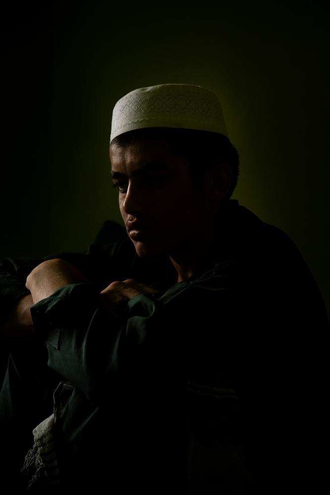 Photography image - Loading Hayeri_PortraitSeries_JRC_002.jpg