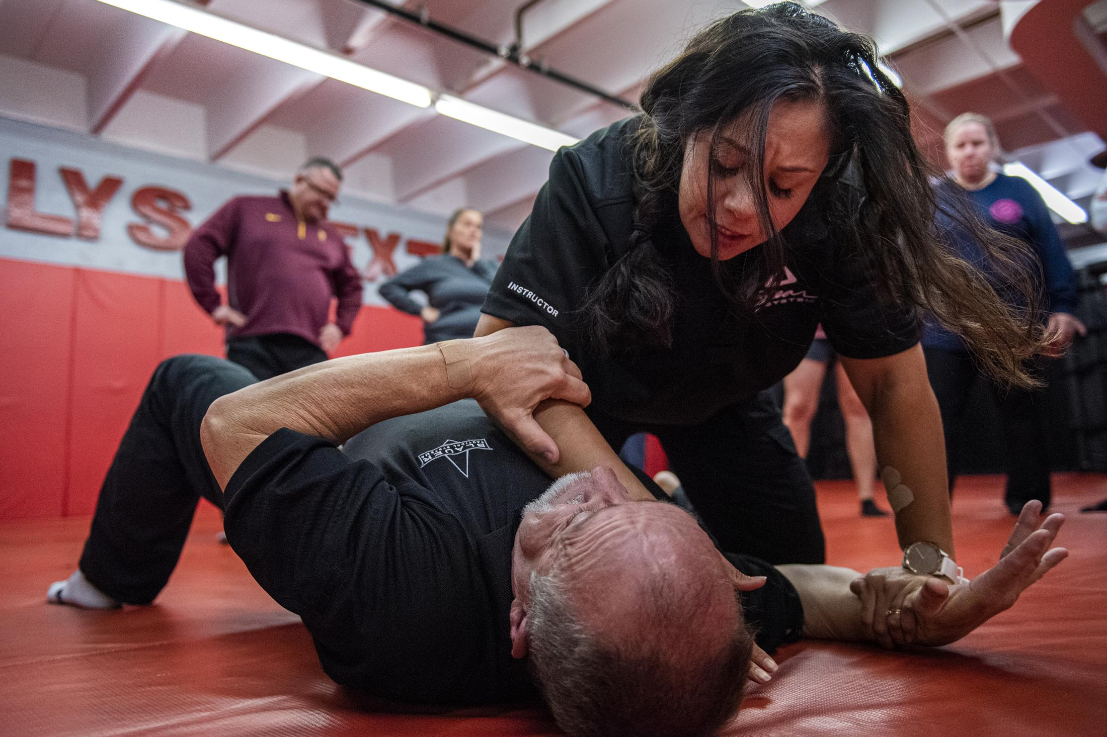 James Pierson and Katie Hurdan, both are instructors at Blauer Tactical Systems, demonstrate how to do self defense in Philadelphia, Pa, on Sat, Nov. 9, 2019.
