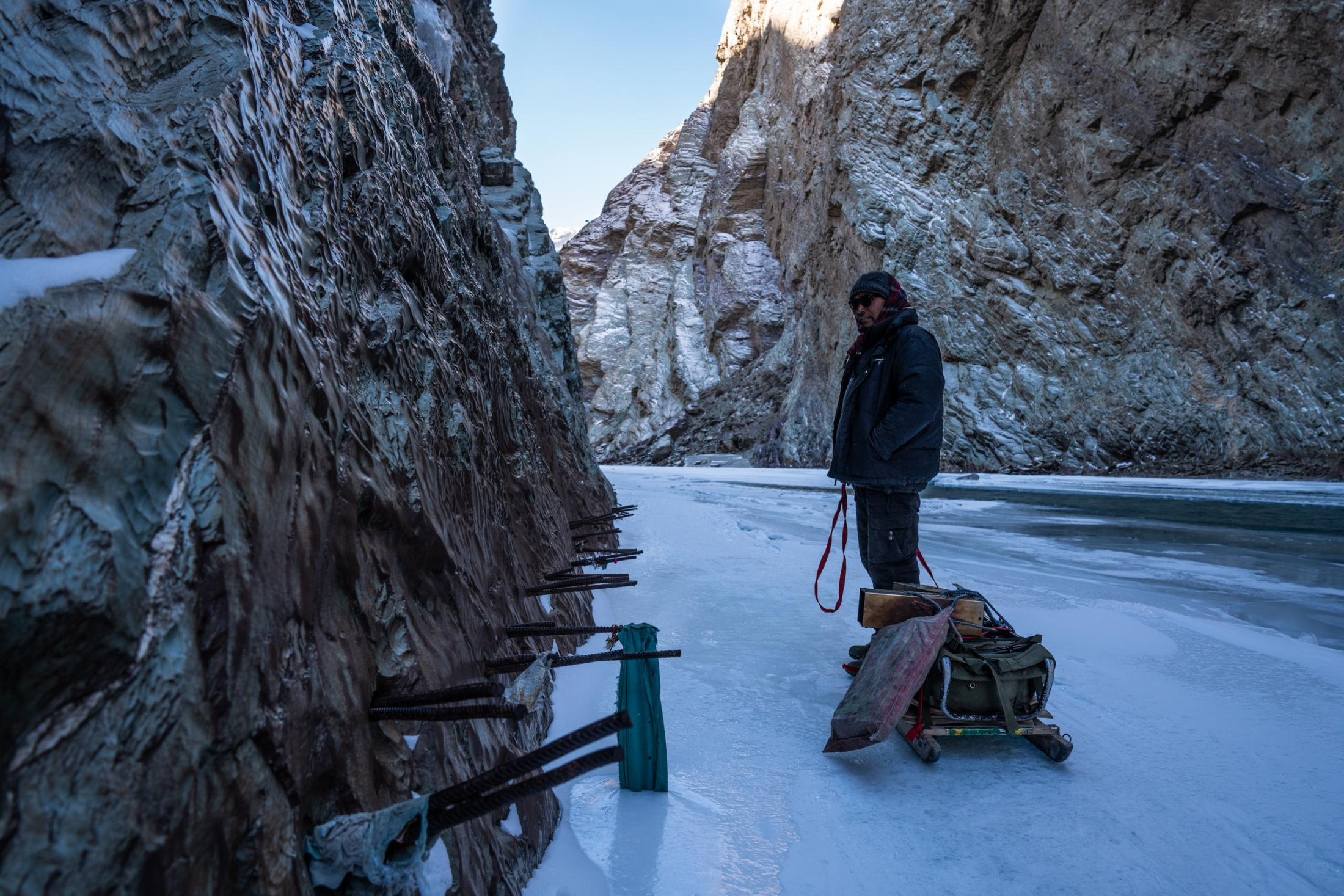 A section of what locals call Wama (translating to 'only a fox can cross'). This section is the most notorious on the journey to Zanskar, as it is regularly broken. These poles were installed to be walked on if there is no ice.
