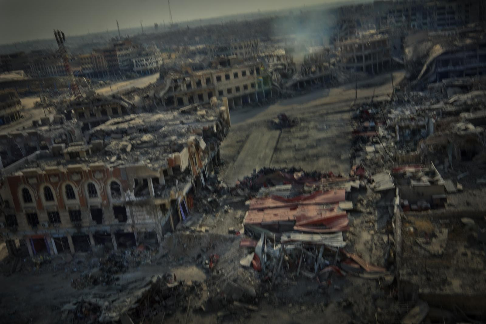 View of the destroyed Old City of Mosul. The new part of the city was barely affected in comparison (Iraq, 2017)