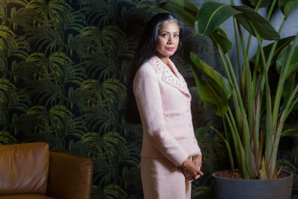 Portrait of female ceo  of the Carlson rezidor hotel chain for Communicate magazine