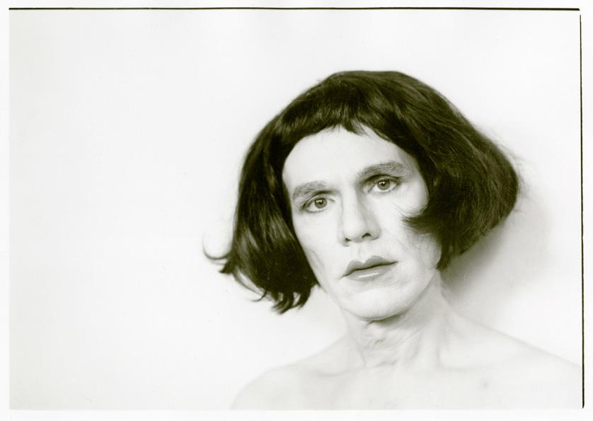 Photography image - Loading 2010_12_Warhol-in-Drag_Christopher-Makos_WEB.jpg