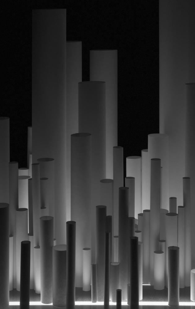 Photography image - Loading installation_no6_vertical_e.jpg