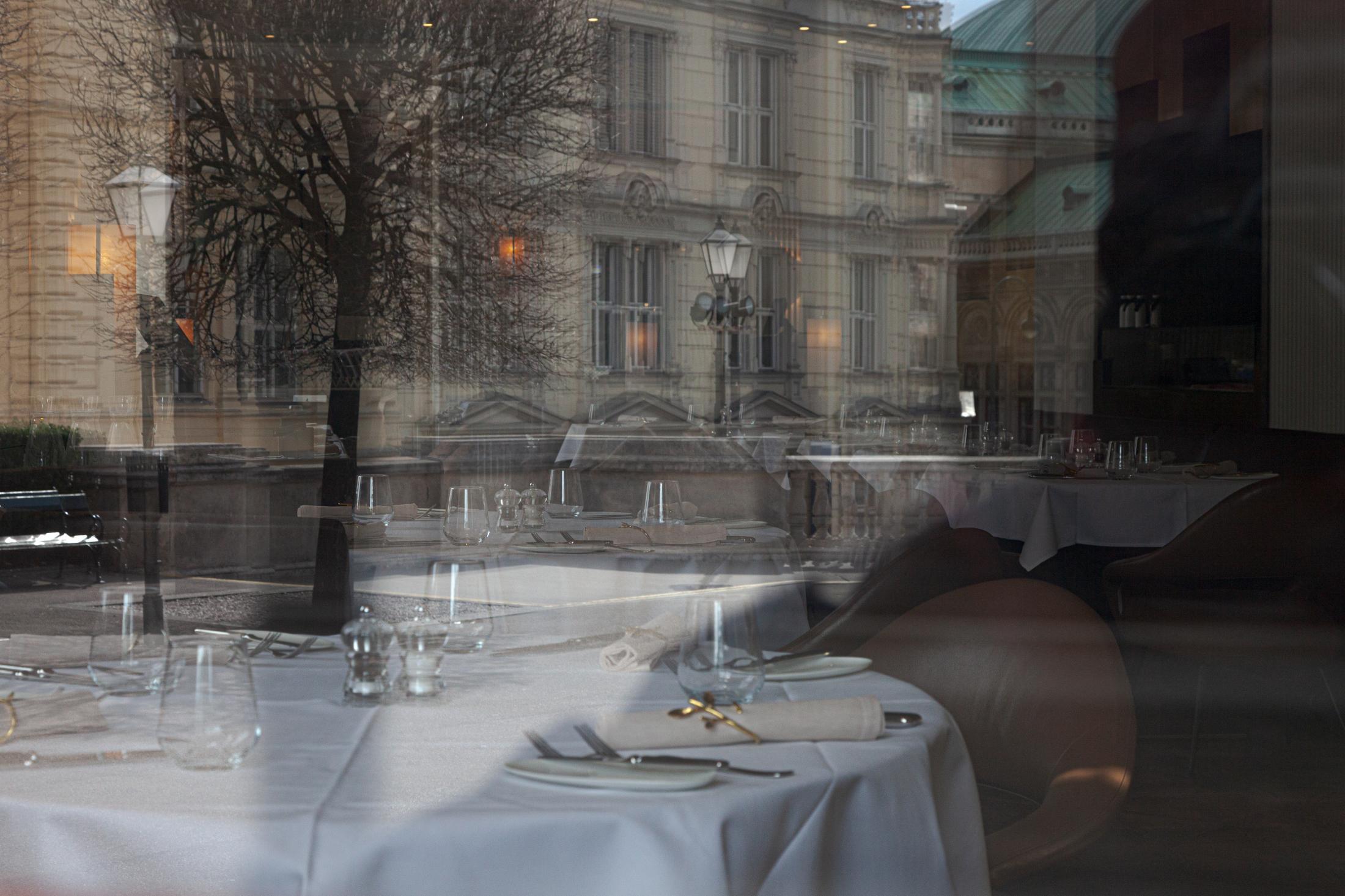 Empty restaurants in Vienna, March 14, 2020
