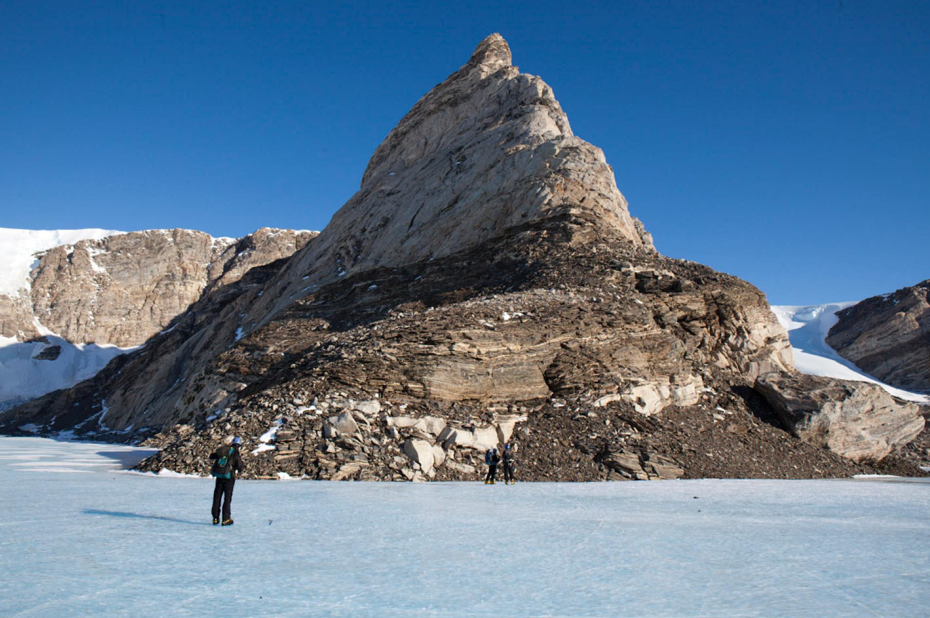 Frozen Ice lake around Bird Bluff.
